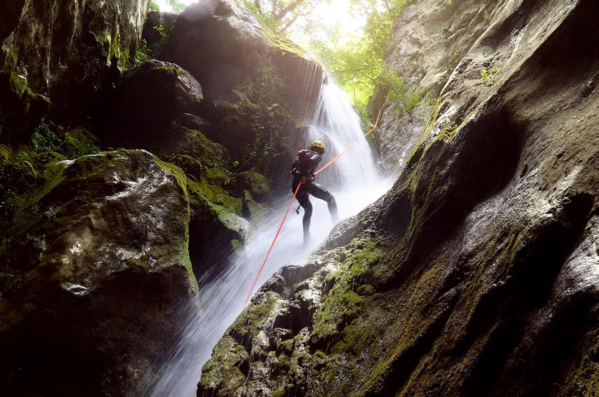 canyon, canyoning, canyonisme, Evasion64, rafting, pays basque, itxassou, bidarray, saint jean pied de port, sources de la nive, eau-vive, sport, nature